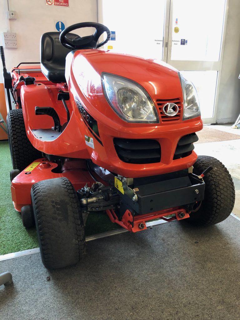Kubota GR2100 Diesel Rider – Used